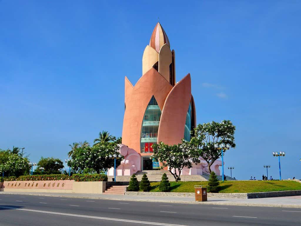 Tháp Trầm Hương