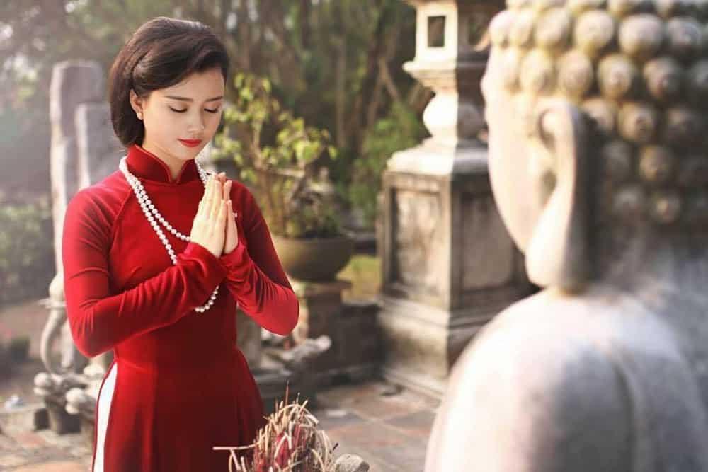 Đến chùa cần chú ý trang phục