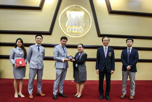Thiên Mộc Hương vinh dự được lựa chọn gửi tặng đến Hoàng gia Nhật Bản và Nguyên Thủ Quốc Tế 10 nước Đông Nam Á (Ảnh: Thiên Mộc Hương)