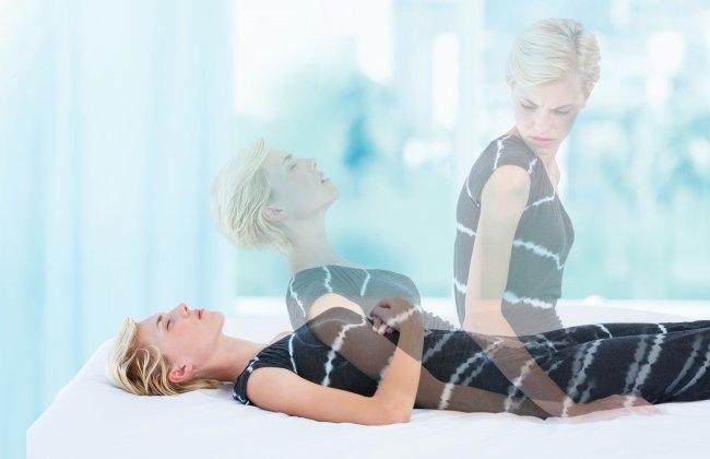 Bóng đè hay có tên gọi khác là chứng tê liệt khi ngủ